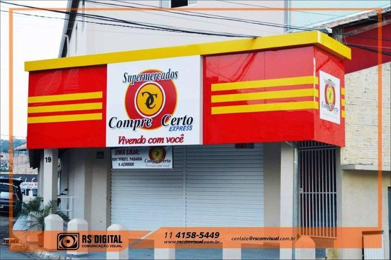 Empresa de fachada comercial